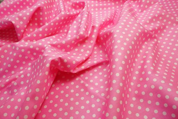 Bawełna - różowe tło, białe kropki 5 mm